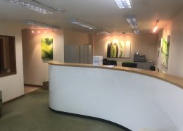 Clinic – Shop 7 – The Pound – Approx 1050sqft (98m²) – Available August – £1540 + VAT per month inc utilities and services